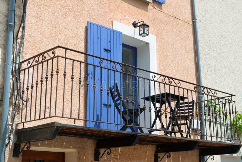 fransk balkong fotografering f r bildbyr er bild av ironwork 40207423. Black Bedroom Furniture Sets. Home Design Ideas