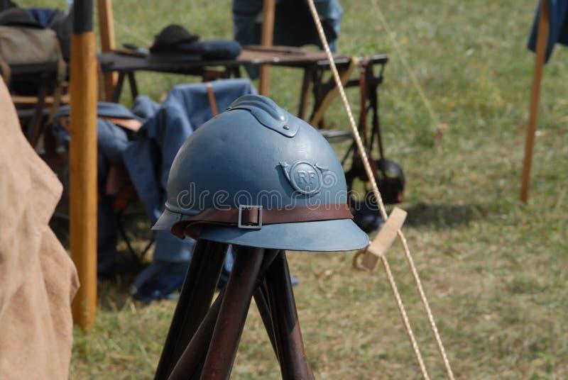 Fransk militär hjälm av det första världskriget arkivfoto