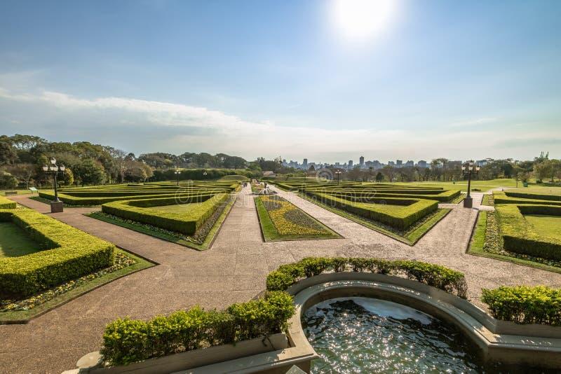 Franska trädgårdar av den Curitiba botaniska trädgården - Curitiba, Parana, Brasilien royaltyfria foton