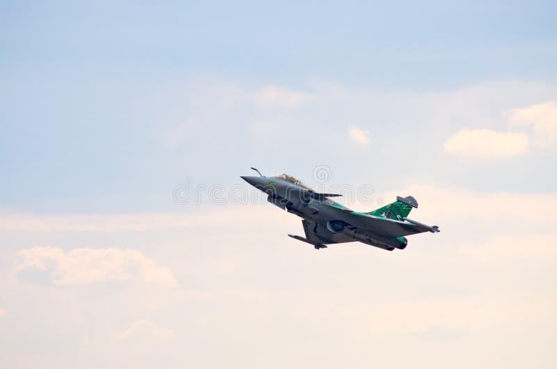 FranskaDassault Rafale kämpe på Radom Airshow, Polen arkivfoton