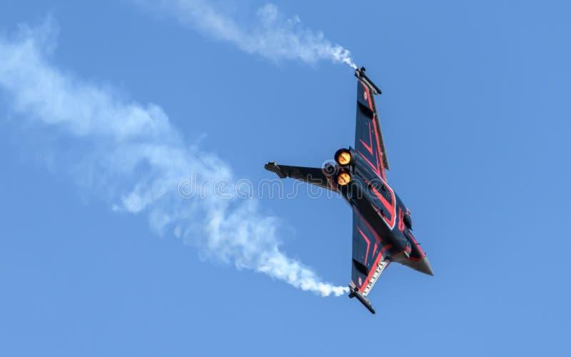 Franskt flygvapenDassault Rafale flygplan arkivbilder