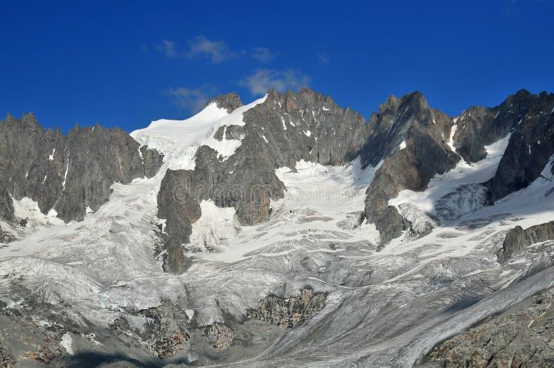Französische Alpen lizenzfreies stockbild