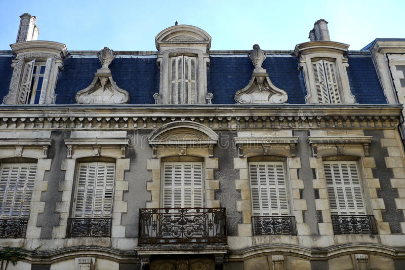 Download Französische Architektur stockfoto. Bild von außen, paris - 26372536