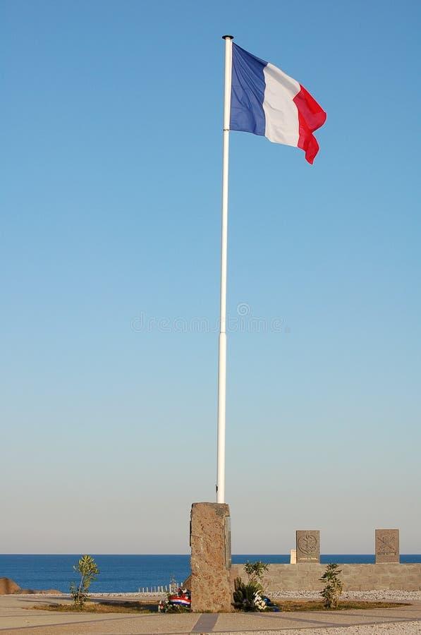 Französische Markierungsfahne auf einem Pol lizenzfreies stockbild