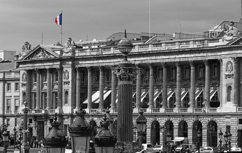 Französische Markierungsfahne im Platz de la Concorde, Alleen-DES kaut Elysees, Paris, Frankreich lizenzfreie stockfotografie