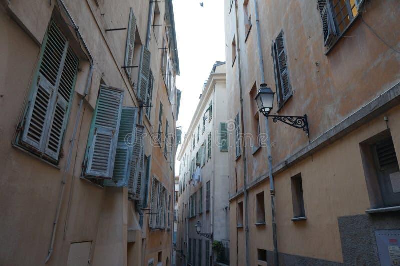Französische Nebenstraße lizenzfreie stockfotografie