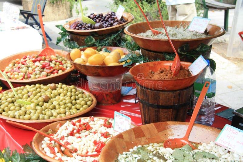 Französische Zartheit auf einem lokalen Markt lizenzfreies stockfoto
