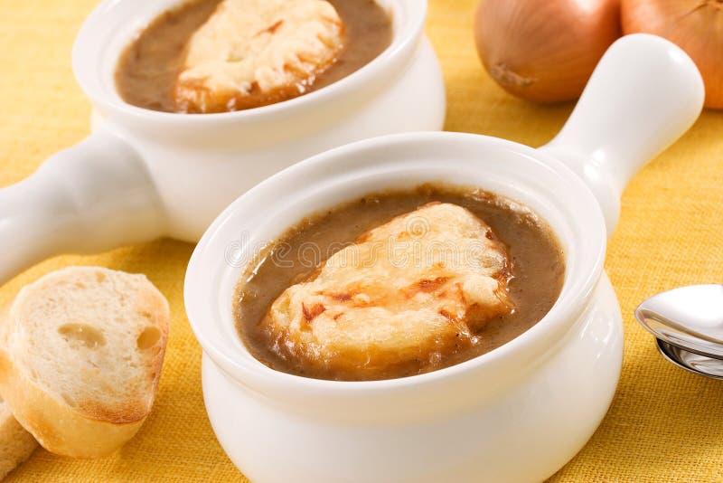 Französische Zwiebelen-Suppe lizenzfreie stockfotos