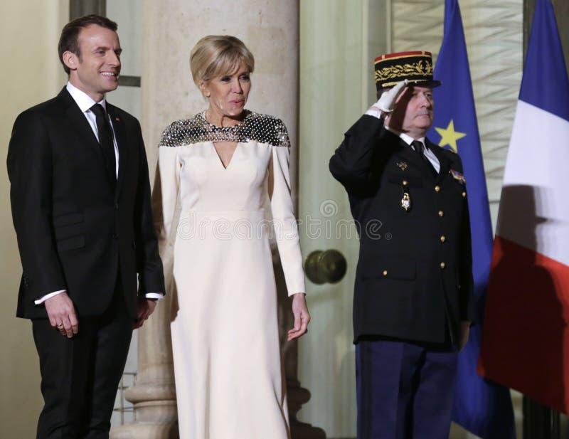 Französischer Präsident Macron und First Lady Brigitte lizenzfreie stockfotos