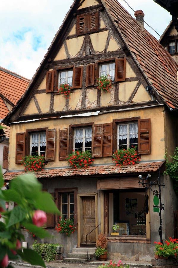 Französisches Dorf lizenzfreie stockbilder