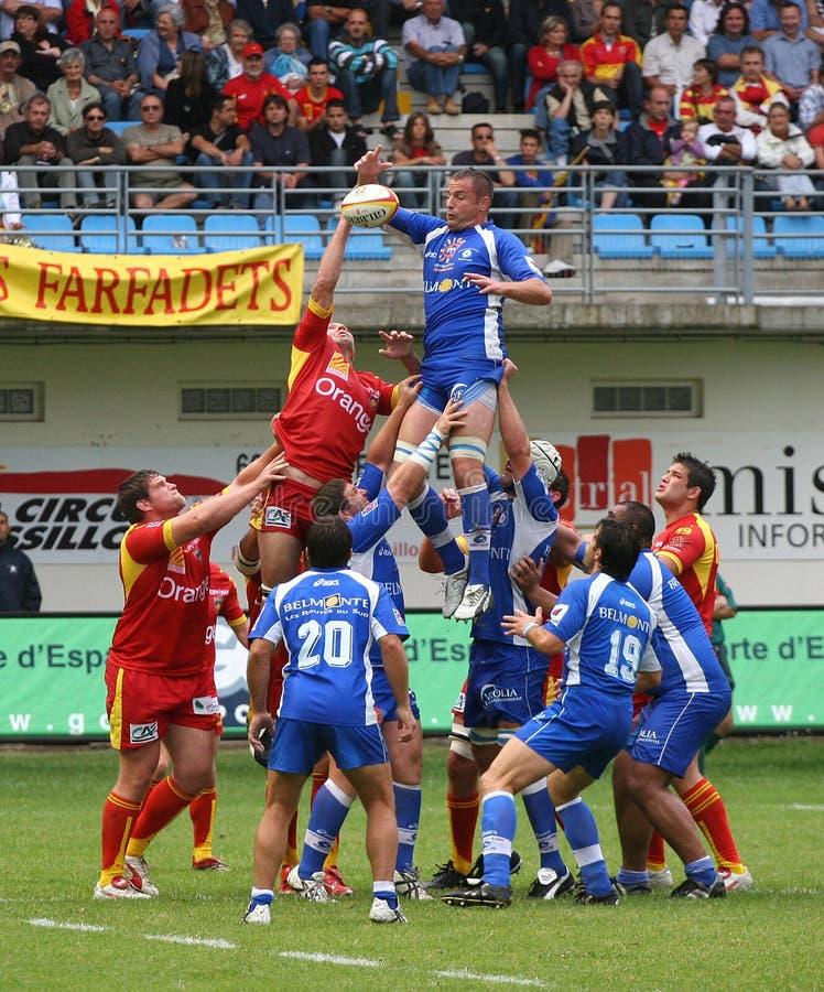Französisches Rugby der Oberseiten-14 - USAP gegen Montpellier HRC stockbild