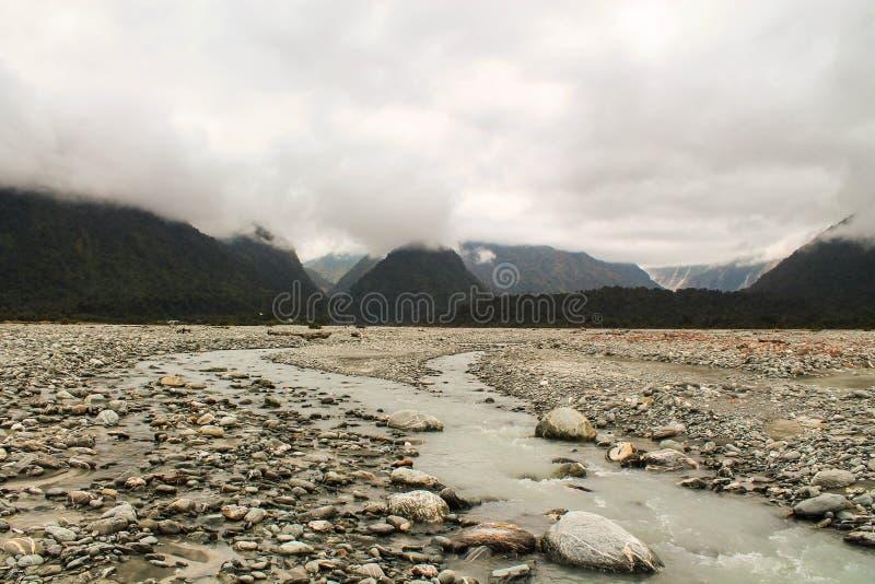 Franz Josef brumeux River Valley photos libres de droits