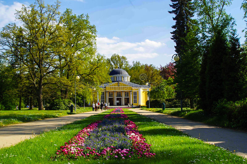 Download Franzensbad, République Tchèque Image éditorial - Image du bijou, fontaine: 45366870