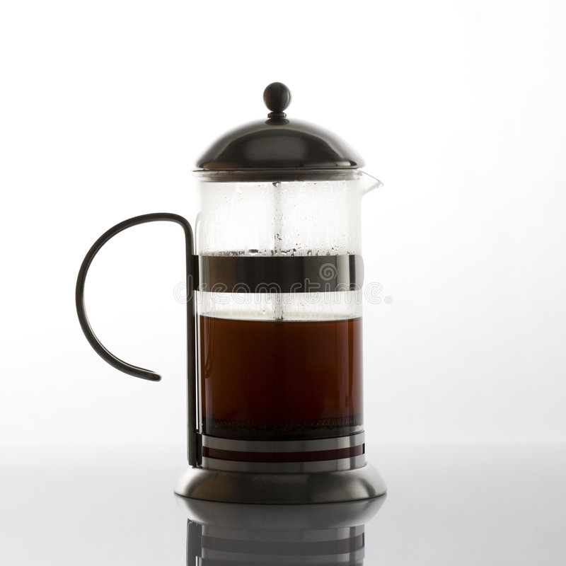 Franzosepresse coffe Hersteller stockfotos