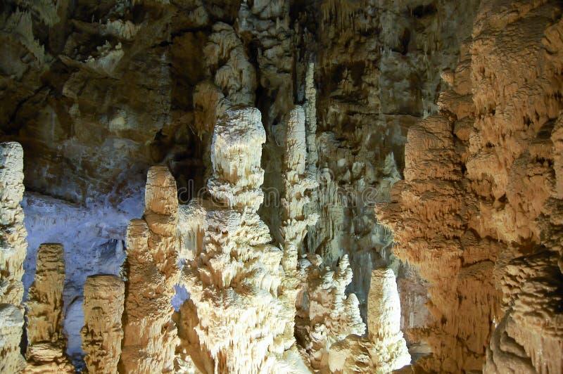 Frasassi grotta - Italien arkivfoton