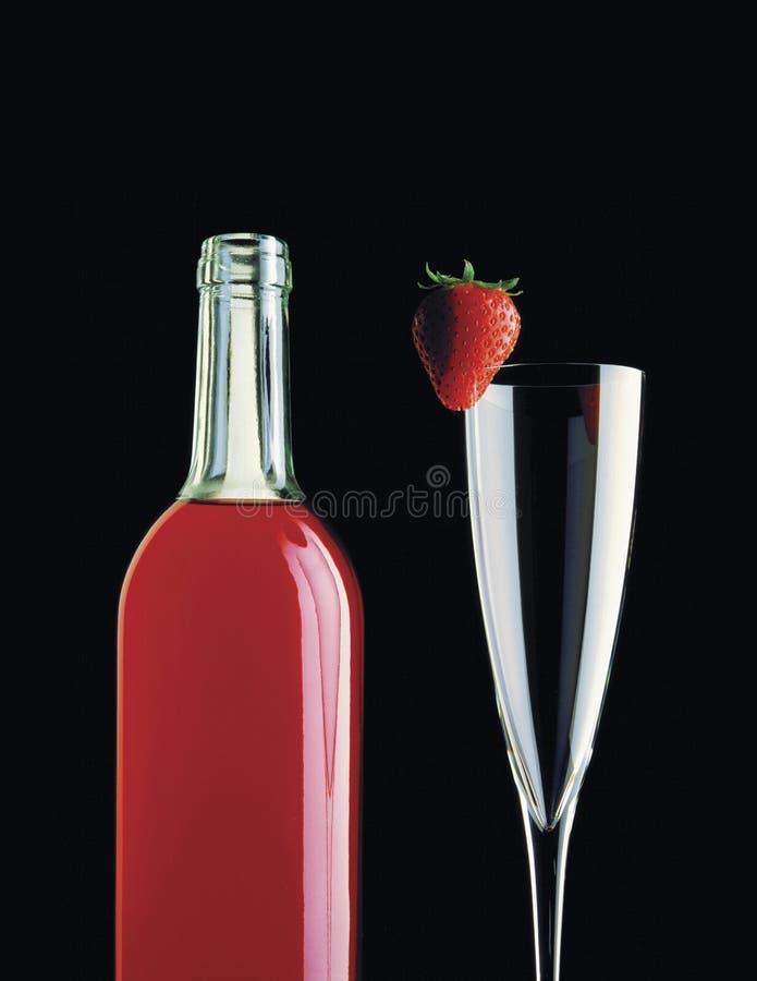 Garrafa & morango de vinho