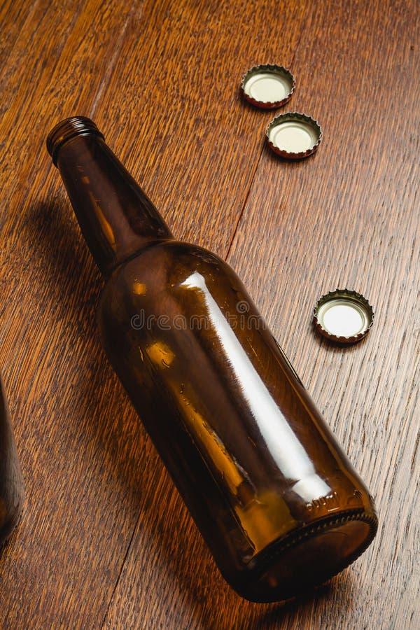 Frasco de cerveja vazio imagens de stock royalty free