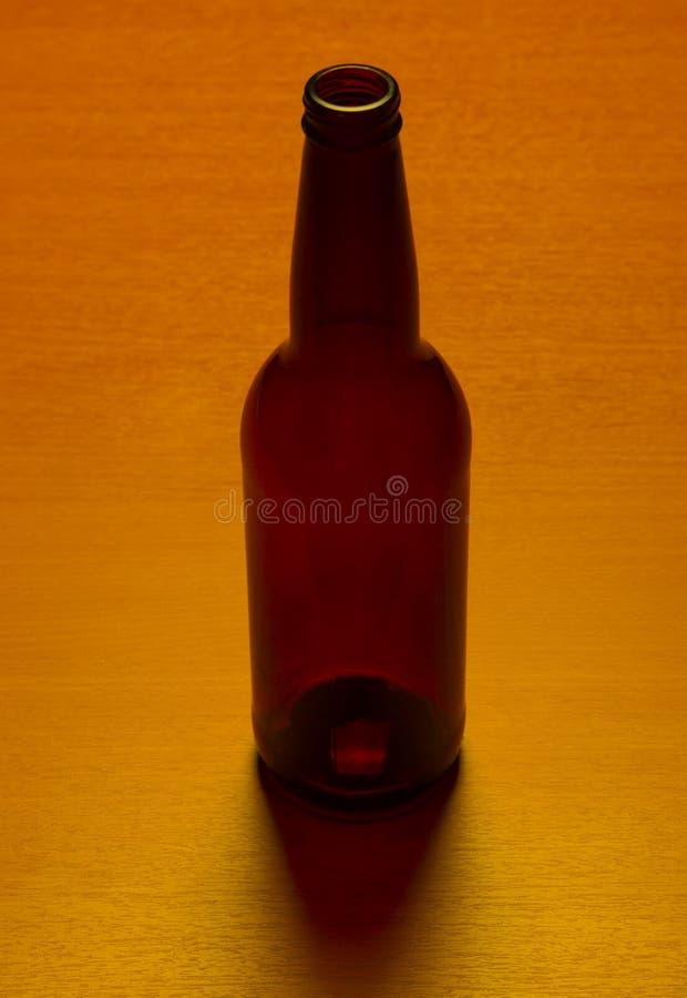 Frasco de cerveja vazio fotos de stock royalty free