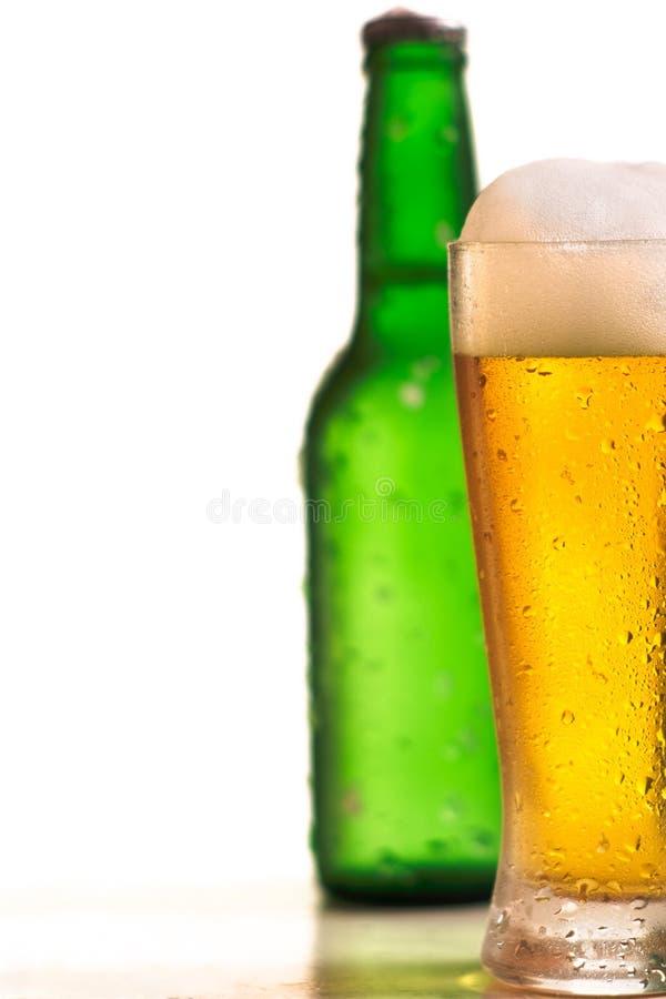 Frasco e vidro da cerveja foto de stock