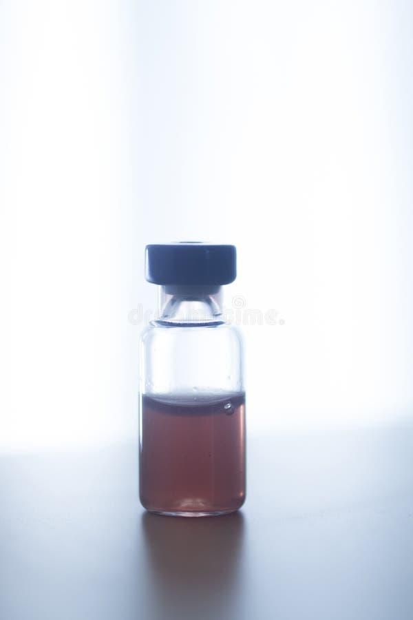Frascos da garrafa da medicamentação da insulina fotos de stock