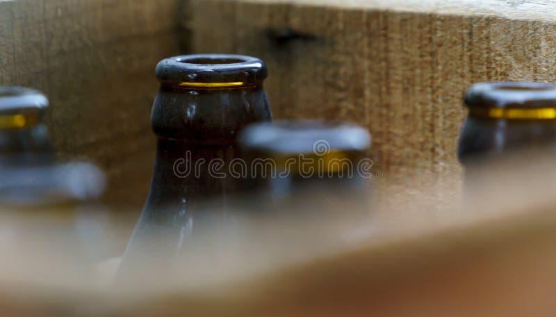 Frascos de cerveja velhos imagem de stock royalty free