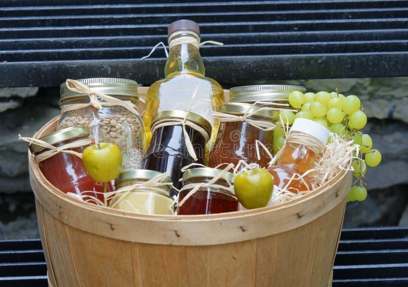 Frascos do atolamento com frutas fotos de stock royalty free