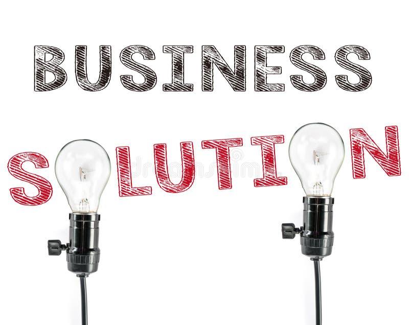 Frase della soluzione di affari e lampadina, scrittura della mano, vendita fotografia stock