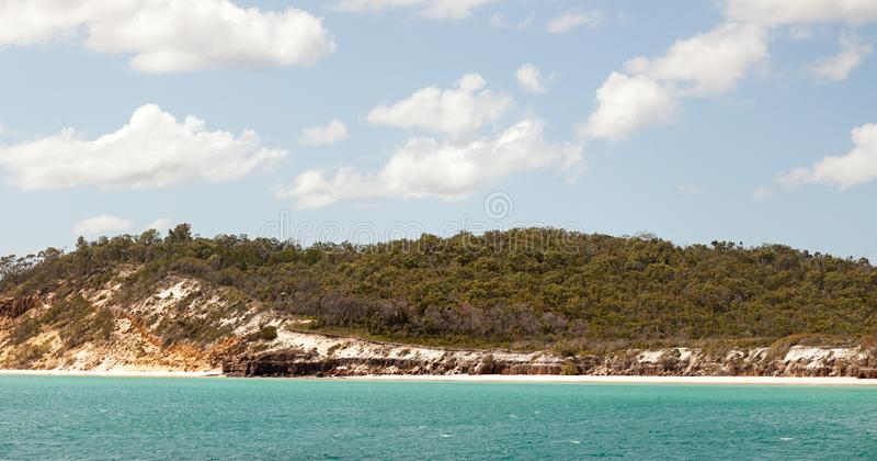 Fraser Island de approche près de Hervey Bay Australia photo libre de droits