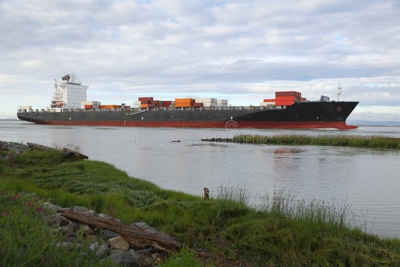 Fraser River Cargo Ship imagen de archivo libre de regalías