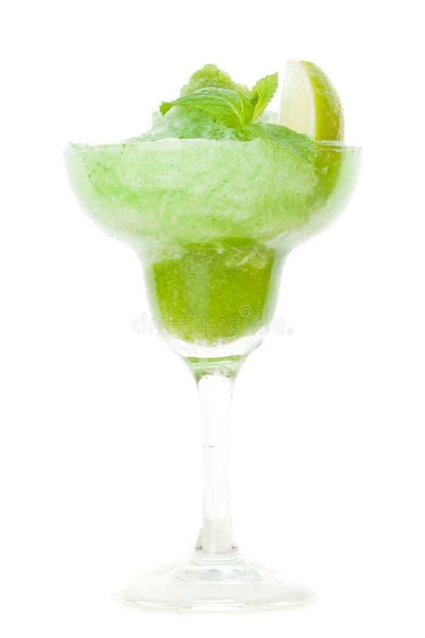 Frash zielony tropikalny koktajl odizolowywający na bielu fotografia royalty free
