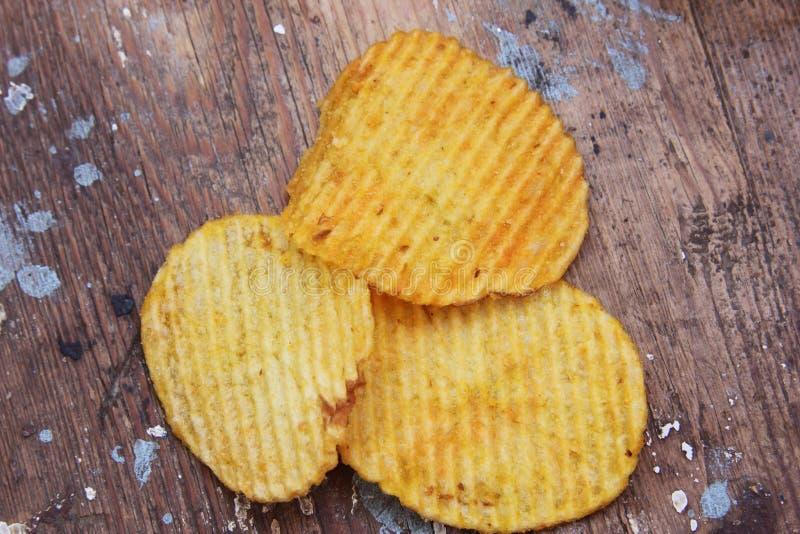 Frasiga potatischiper fotografering för bildbyråer