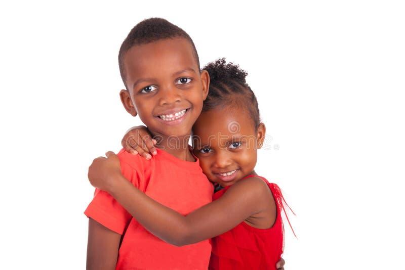 Fratello afroamericano e sorella insieme fotografia stock libera da diritti