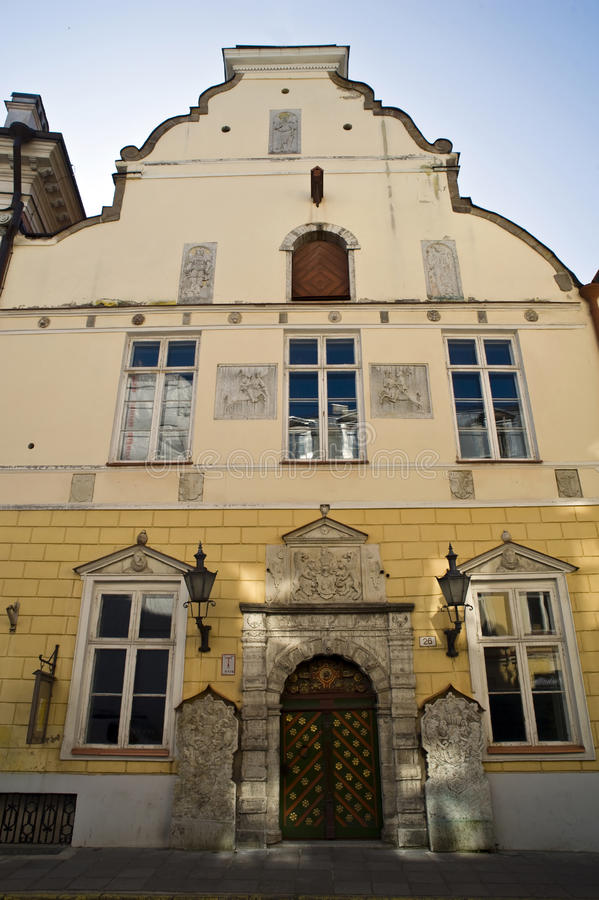 Fraternidad de la casa Tallinn de las espinillas foto de archivo