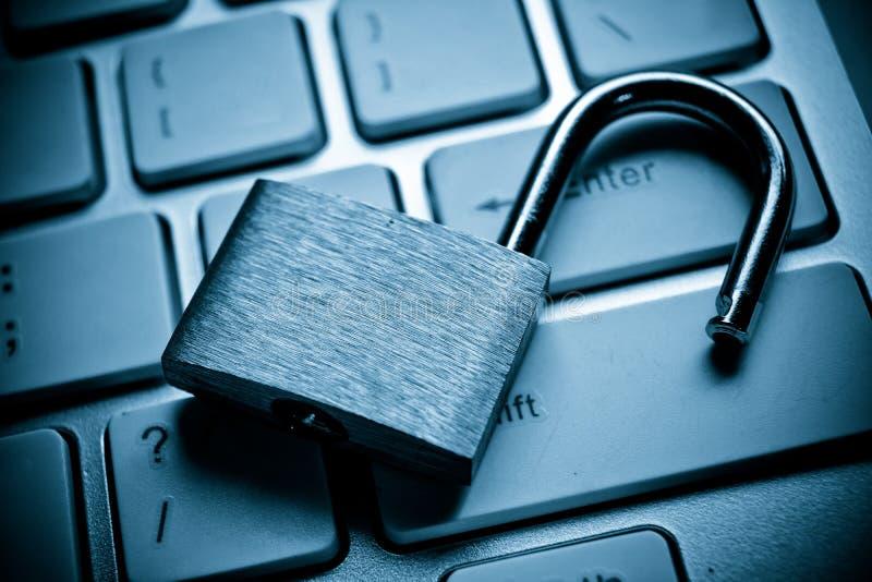 Frattura di sicurezza informatica fotografia stock
