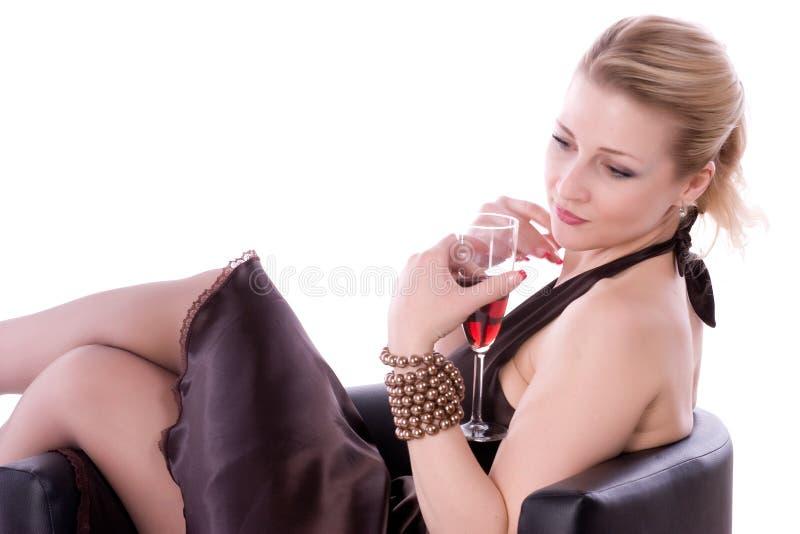 Frau auf einem weißen Hintergrund lizenzfreie stockfotografie