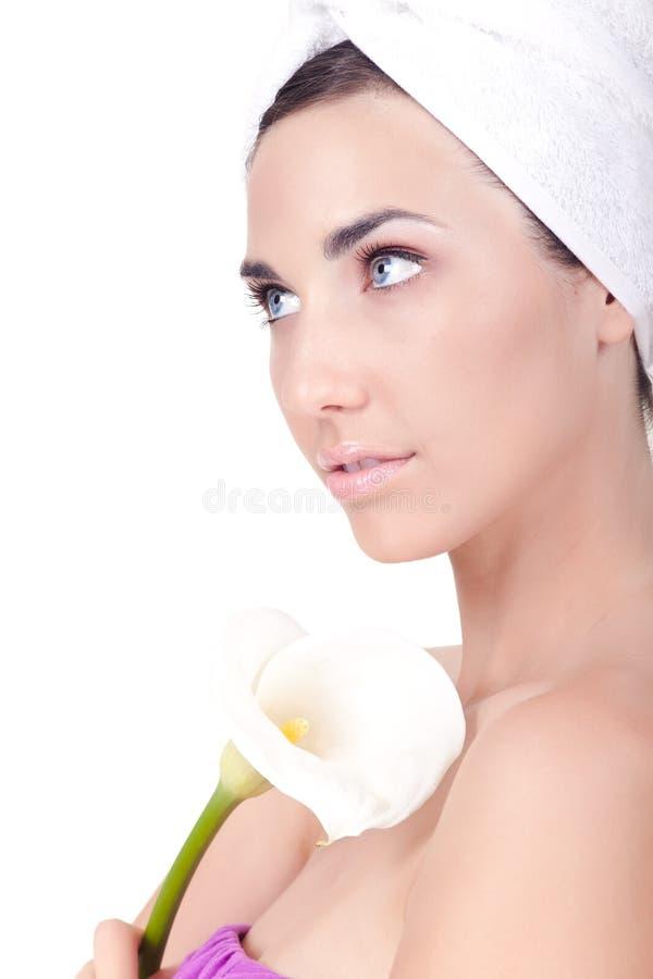 Frau betriebsbereit zur Badekurortbehandlung lizenzfreies stockbild