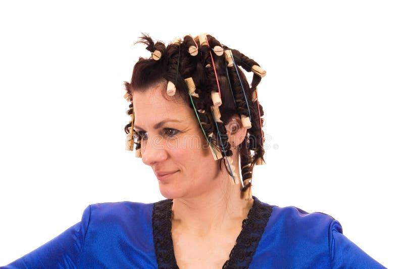 Download Frau in den Lockenwicklern stockbild. Bild von schön, kaukasisch - 9094397