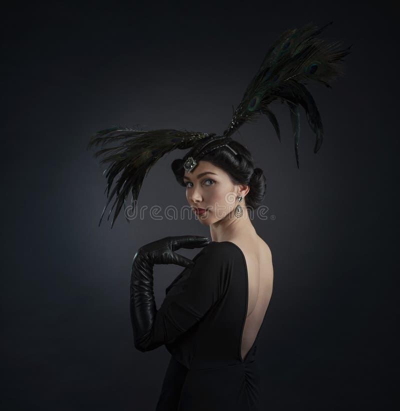 Frau in der Retro- Art lizenzfreies stockbild