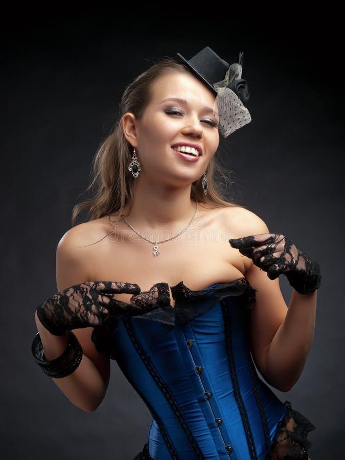Frau in der Weinlesetanzkleidung stockfotos