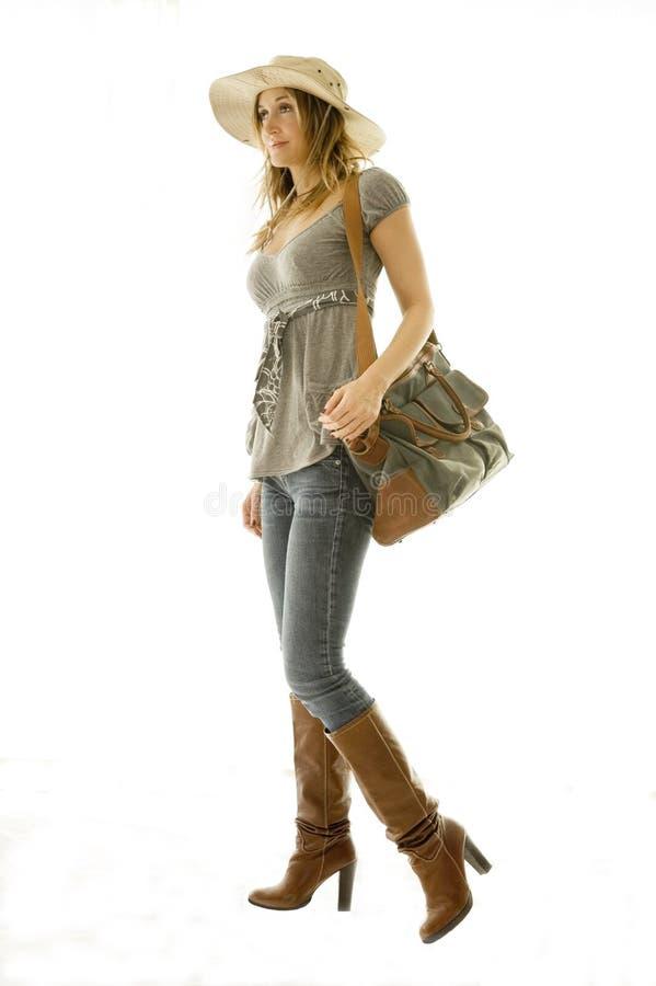 Frau, die auf Ferien geht stockfoto