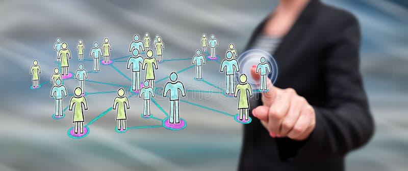 Frau, die ein on-line-Datierungskonzept berührt lizenzfreie abbildung