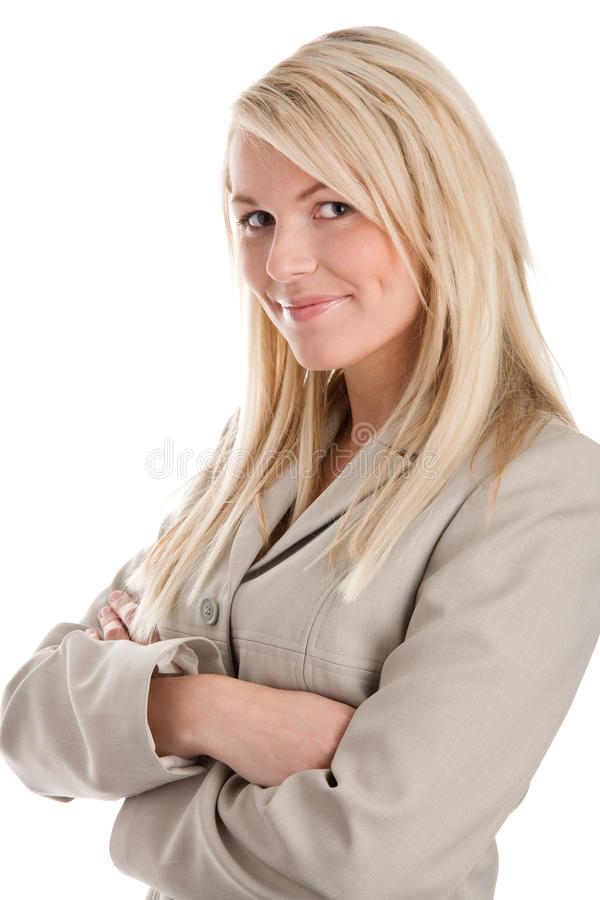 Frau, die mit den Armen gekreuzt steht lizenzfreies stockbild