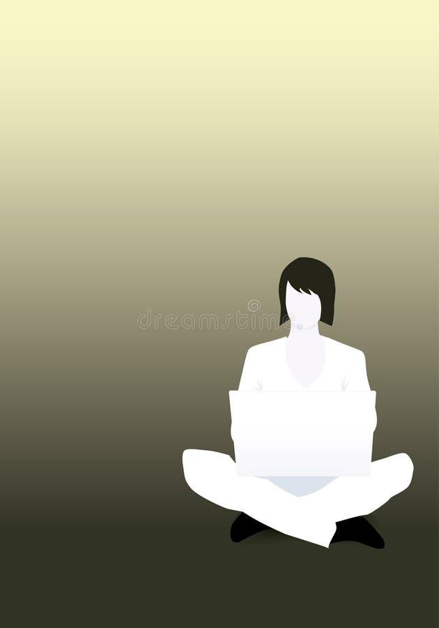 Frau, die sich auf dem Fußboden mit ihrem Laptop hinsitzt stock abbildung