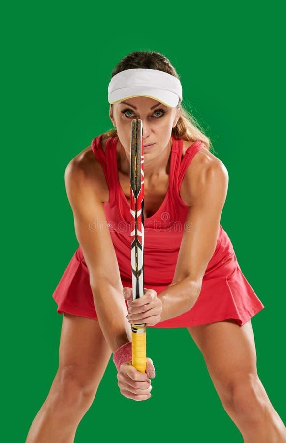 Frau, die Tennis spielt lizenzfreies stockfoto