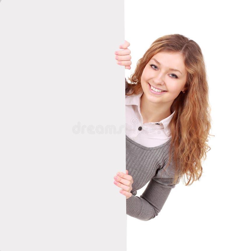 Frau, die Zeichen - Porträt einer schönen Frau anhält ein bla anhält lizenzfreies stockbild