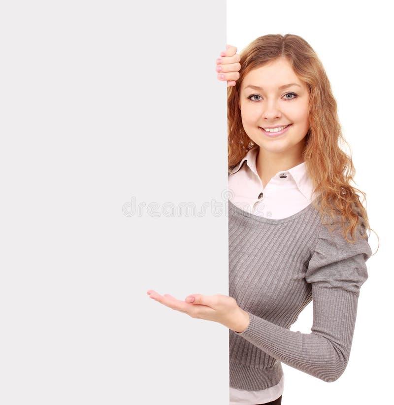 Frau, die Zeichen - Porträt einer schönen Frau anhält ein bla anhält lizenzfreie stockfotografie