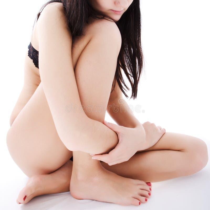 Download Frau in einem Weiß stockbild. Bild von vertikal, karosserie - 9095791