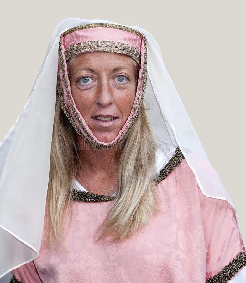 Frau im Kostüm, Pontremoli mittelalterliches Festival stockfotografie