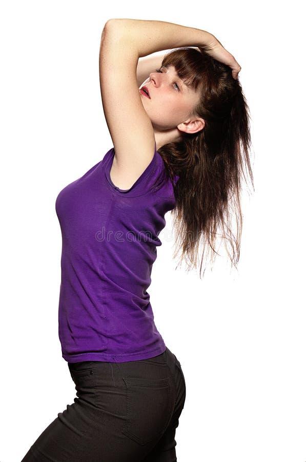 Frau im purpurroten Hemd lizenzfreie stockfotos