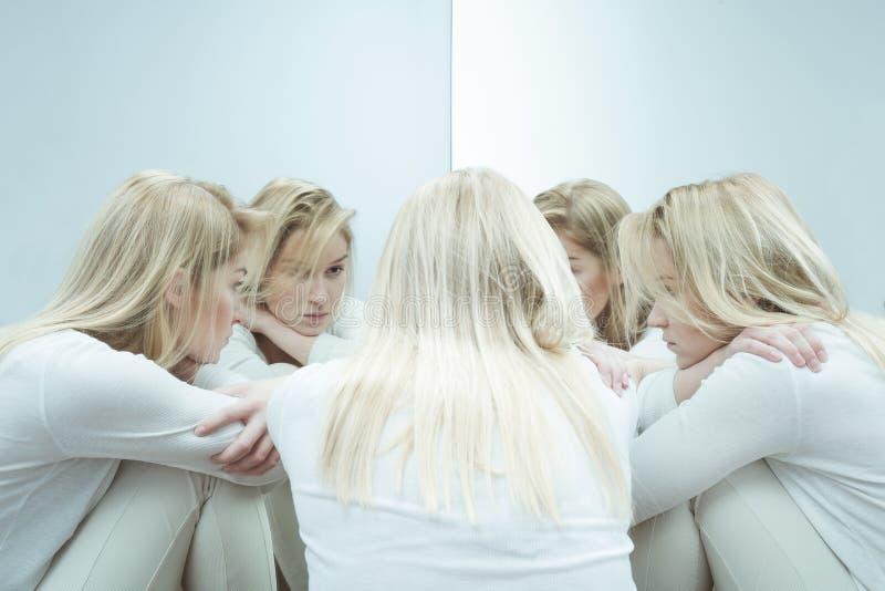 Frau mit Angststörung lizenzfreies stockfoto